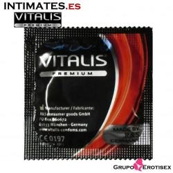 Color & Flavor · Preservativo rojo sabor fresa  · Vitalis