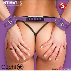 Adjustable Leather Handcuffs - Purple · Esposas con agarre · Ouch!